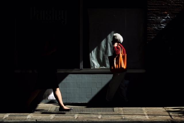 fuji 50mm-121817-street photography-chinatown-ac-07